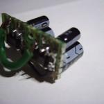 Protoplaadile tehtud pingeregulaatoriplaat peaplaadi toitmiseks