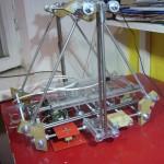 Pooleldi tehtud 3d printer